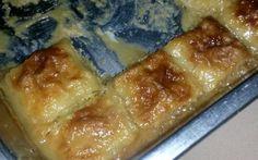 PATAT BLOKKIES/PAKKIES Dit is basies presies soos die PATAT WIELE maar die verskil kom in by die blaardeeg. Jou patatwiele is mos maar deur die patats op die blaardeeg te smeer, op te rol en dan i… Sweet Potato Dishes, Sweet Potato Recipes, Vegetable Recipes, Veg Dishes, Vegetable Dishes, Side Dishes, Kos, South African Recipes, Light Recipes