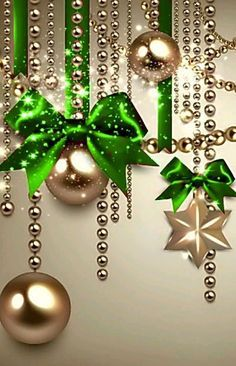 Best 12 Green Christmas decoration – Page 404549979027596354 Gold Christmas Decorations, Christmas Tree Themes, Green Christmas, Christmas Pictures, Christmas Art, Christmas Holidays, Christmas Wreaths, Christmas Ornaments, Tree Decorations