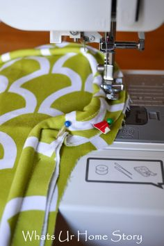 How to Sew a Seat Cushion with Piping - www.whatsurhomestory.com