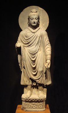 Standing Buddha statue at the Tokyo National Museum. One of the earliest known representations of the Buddha, century CE. Lotus Buddha, Art Buddha, Buddha Buddhism, Buddhism Religion, Alexander The Great, Alexandre Le Grand, Standing Buddha, Amitabha Buddha, Art Ancien