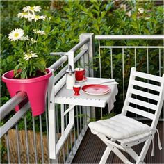 Outdoor Rustic Decor Ideas With all different prices and types of furniture along with newer optio Small Balcony Design, Tiny Balcony, Small Balcony Decor, Balcony Garden, Balcony Ideas, Stone Patio Designs, Rustic Outdoor Decor, Apartment Balconies, Apartment Walls