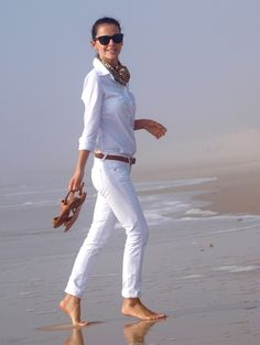 white jeans, white shirt and tan accessories