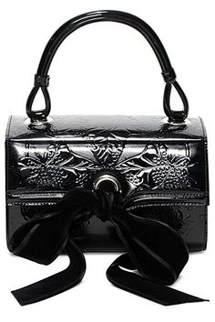 Alexander McQueen - Womens Clutches - 2014 Fall-Winter - Uploaded by ShazB #Clutches