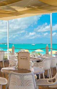 Asú on the Beach is now open to the public. Located directly on Grace Bay Beach at Alexandra Resort.