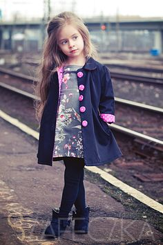 Cheap autumn kids jacket, Buy Quality girls coats and jackets directly from China girl coat Suppliers: European Autumn Kids Jackets Girls Fashion Manteau Enfant Fille Cute Dot Casaco Menina Spring Girls Coats And Jackets Girls Coats & Jackets, Stylish Jackets, Kids Coats, Fashion Kids, Little Girl Fashion, Womens Fashion, Vogue Kids, Little Fashionista, Girls Trench Coat