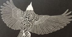 A artista Maude White cria arte incrivelmente detalhada com recorte de papel como aves pessoas, folhas e outra composições...   x