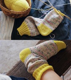 sock knitting...#knittingwool #knittingtime #knittingneedles #knittinglover #knitting #knittinghat #knittingtoys #knittingclass #knittingproject #knittingforbaby #knittinglove #knittingbaby #knittingisfun #knittingyarn #knittinglife #knittingaddict #knittingfashion #knittingclub #loveknitting #loveknit #iloveknitting #sockknitting #sockknittersofinstagram #sockknitters #sockknitter #mondimyarn #retrosariamondim