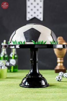 #Fußball #Party #Fußballtorte #Torte #Rezept #Ball #einfach #coppenrathundwiese #soccer #cake #gateau #partyfood