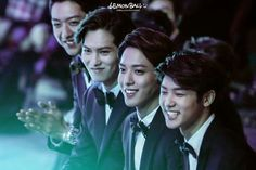 CNBLUE | Lee Jung Shin, Lee Jung Hyun, Jung Yong Hwa, and Kang Min Hyuk | This is probably my favoritest picture of the boys. :) Aren't they adorably handsome? :D