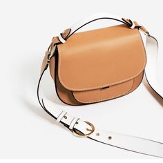 Shop Women's Zara Brown size OS Crossbody Bags at a discounted price at Poshmark. Leather Saddle Bags, Leather Crossbody Bag, Leather Wallet, Crossbody Bags, Cross Body, Photography Bags, Latest Bags, Zara Bags, Small Bags