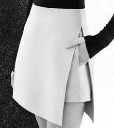 jupe trapèze femme en blanc en deux couches avec grande fente latérale