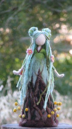 Muñeca fieltro arte de aguja Waldorf inspirado lana muñeca decoración del hogar