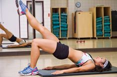 Training the muscles of your lower back through exercises is very important to strengthen your lower back. Lower back strengthening exercises are vital for Fitness Workouts, Fitness Tips, Butt Workouts, Workout Abs, Gain Weight For Women, Back Strengthening Exercises, Balance Exercises, Thigh Exercises, Stretches