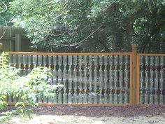 Stunning Useful Ideas: Front Fence Design fence diy money.Old Fence Panels fence wall cinder blocks.Old Fence Panels. Small Fence, Front Yard Fence, Fenced In Yard, Fence Landscaping, Backyard Fences, Garden Fencing, Green Fence, White Fence, Fence Doors