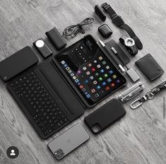 Get your Free iPhone 11 Pro Or Apple Accessoires Gift Now! No credit card needed Accessoires Ipad, Ipad 4, Computer Desk Setup, Workspace Desk, Edc Everyday Carry, Iphone Accessories, Portable, Apple Iphone, Apple Laptop