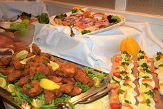 """Themenbuffet """"Kärntner Bauernabend"""" im Hotel Almrausch**** mit vielen regionalen Köstlichkeiten - www.almrausch.co.at"""
