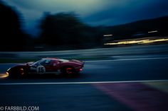 Ford GT40 glowing brakes @ Spa Francorchamps / Eau Rouge