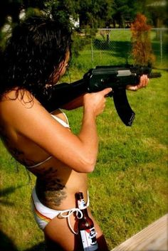 #beer #gun #girl #girl with gun #food #womendrinkingbeer #pabst #women #drink