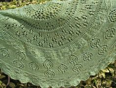 Learn how to knit lace shawls easily.  Skywalker lace shawl.