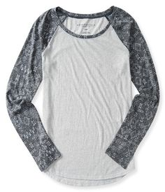 Shop Aeropostale for Guys and Girls Clothing. Browse the latest styles of tops, t shirts, hoodies, jeans, sweaters and more Aeropostale Destroyed T Shirt, Ripped Shirts, Girl Outfits, Fashion Outfits, Fashion Ideas, Raglan Tee, Guys And Girls, Aeropostale, Cool T Shirts