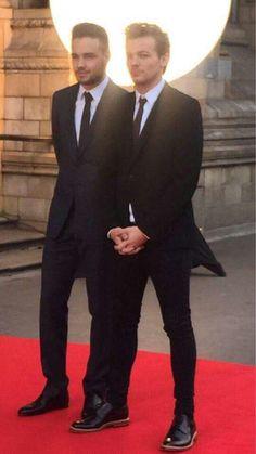 """Louis & Liam en """"Cinderella Ball"""" 10-08-15 *o*"""