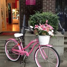 Sparkling in the #Vancouver #sunshine #jeweliettejewellery #hornbystreet open 10.30-6 pm #bride #bridetobe #grad #birthday #jewellery #jewels #shoplocal #madeinvancouver #elsacorsi #sparklepatrolapproved #jeweliettepinkcruiser #pink #bike #cruiser #everythingpink #flowers @vancouverflower