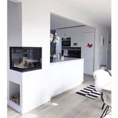 - @blackwhite.interior op Instagram: 'Love this home by @comakokos