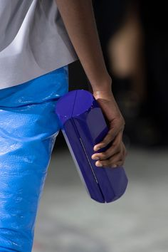 STYLECASTER | fall bag trends | fall handbag trends 2020 | bags and purses | bags for women | stylish handbags and purses | trendy bags and purses | fall bags and purses | fall 2020 bags and purses Big Handbags, Bucket Handbags, Fall Handbags, Stylish Handbags, Tweed, Best Tote Bags, Quilted Tote Bags, Fall Bags, Yellow Handbag