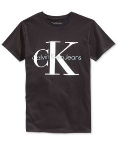 Calvin Klein presents a fashionable T-shirt for boys, made from cotton and featuring a cool graphic on the front.   Cotton   Machine washable   Imported   Crew neck    Short sleeves   Graphic print at