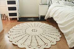 modelo de tapete redondo de barbante para decoração de quarto #tapetes #tapeteredondo