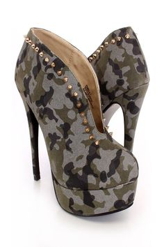 1600  Camouflage Spike Studded Slit Booties Faux Suede - Two in a row. Hmmm....I was going to dismiss these out of hand also  but on second thought, they're not bad.