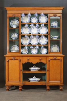 Fine Victorian Oak Dresser. Excellent condition, ready to be placed in your home. C1860