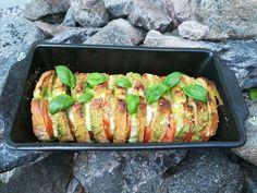 Herkullinen grillileipä hurmaa maulla ja tuoksulla - Starbox Sushi, Grilling, Food And Drink, Baking, Ethnic Recipes, Breads, Cupcakes, Foods, Bread Rolls