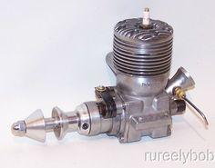 Nice Original 1947 Dooling .61 10-Fin Spark Ign. Model Airplane Teher Car Engine