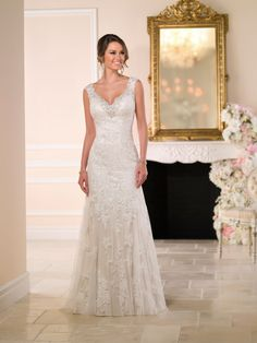Sneak Peek of Stella York Spring 2015 Wedding Dress Collection. Gorgeous vintage lace wedding dress with a sexy, low back and sparkling accents. Stella York, V Neck Wedding Dress, Applique Wedding Dress, Perfect Wedding Dress, Wedding Simple, Wedding Ideas, Budget Wedding, Chic Wedding, Spring Wedding