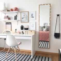 The ideal study room design is one that accommodates studying and looks good. Want to make such a room for yourself? Check out these study room ideas Study Room Decor, Cute Room Decor, Room Ideas Bedroom, Diy Bedroom, Small Wall Decor, Bedroom Girls, Girl Rooms, Girls Room Desk, 10 Year Old Girls Room