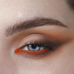 Smoky eye makeup in bronze and copper tones, warm tones brown eye makeup with rust orange in waterline, orange and brown smiky eye makeup Makeup 101, Glam Makeup, Makeup Goals, Skin Makeup, Makeup Inspo, Makeup Inspiration, Eyeliner Makeup, Smoky Eye Makeup, Makeup For Brown Eyes