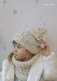 *** This listing is only a PDF PATTERN in ENGLISH and not a finished product ***  This is a knitting pattern for hat Betty with false cables and