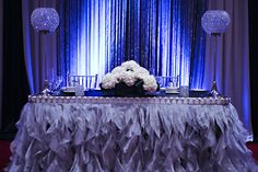 Silver and Blue Head Table Decor www.tradesensation.com