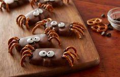 REESE'S Peanut Butter Pumpkin Spider