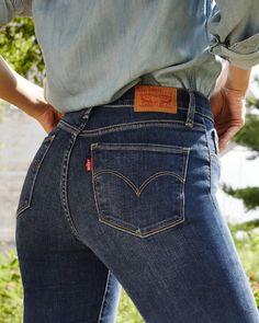 """1,100 Likes, 4 Comments - Levi's® México (@levismx) on Instagram: """"Encuentra en la serie 300 Shaping los jeans que te hacen ver increíble. Consigue los tuyos en…"""""""