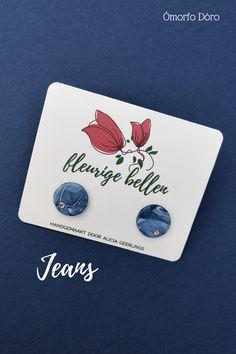 Leuke oorknopjes, past heel mooi bij je jeans outfit. Gemaakt van polymeerklei, onder het label van Fleurige Bellen. Jeans, Outfits, Suits, Clothes, Clothing, Jeans Pants, Blue Jeans, Dresses, Outfit