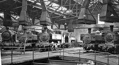 Llanelly Locomotive Depot, interior (C) Ben Brooksbank :: Geograph Britain and Ireland Steam Trains Uk, Train Pictures, Great Western, Round House, Steam Locomotive, South Wales, Welsh, Sheds, Great Britain