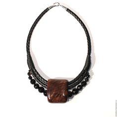 Купить Колье из сувеля ореха и черного агата - подарок девушке, украшения из дерева, деревянные украшения