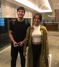 Joy and Ethan going to Singapore for the premiere of HLG 🤗🤗 Cute Couples Goals, Couple Goals, Kathryn Bernardo, Filipina, Over Dose, Mingyu, Character Inspiration, Singapore, Lily