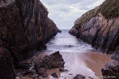 El fenómeno de la marea es digno de contemplar y disfrutar, y más en Asturias…¡Buenas noches! Playa El Canal
