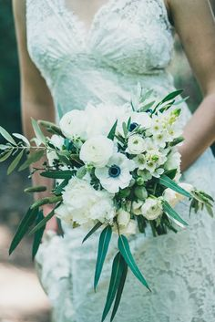white, greenery, ivory bouquet, organic bouqet, olive branches bouquet // Events by Satra // Thistle SF // Kien Lam Photography