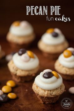 Pecan Pie Fun Cakes - Dan 330 http://livedan330.com/2015/08/29/pecan-pie-fun-cakes/
