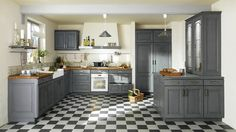 30 French Country Design Inspiration for Your Kitchen Replacing Kitchen Sink, Kitchen In, Kitchen Decor, Kitchen White, Kitchen Tiles, Country Chic Kitchen, French Country Kitchens, French Kitchen, Grey Cabinets