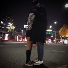Find images and videos about love, couple and korean on We Heart It - the app to get lost in what you love. Korean Couple, Best Couple, Boyfriend Goals, Future Boyfriend, Cute Couples Goals, Couple Goals, Grunge Couple, Korean Best Friends, The Love Club